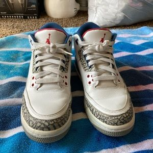Air jordan retro 3 OG grade school size 6